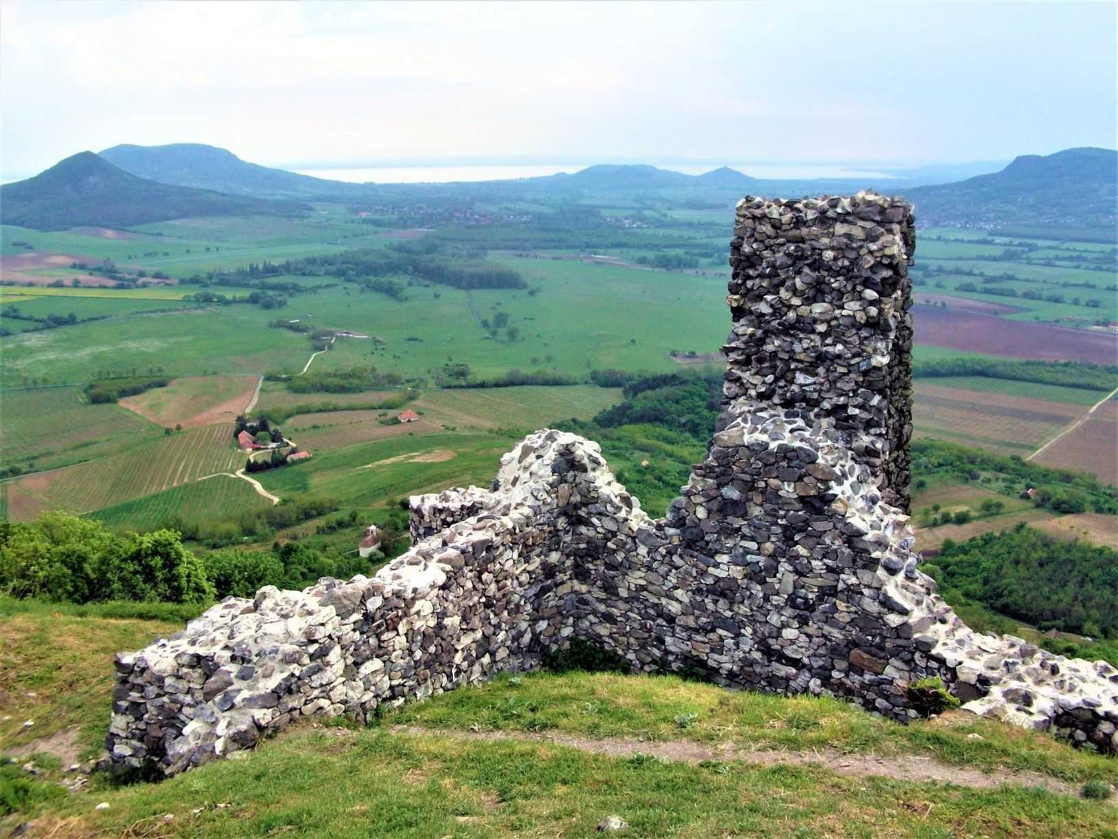 Castle of Csobánc